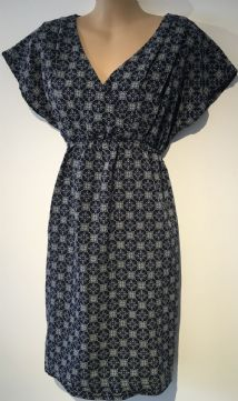 H&M MAMA NAVY PRINT MATERNITY/NURSING DRESS SIZE XS 8
